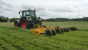 agricultural machinery - a topper